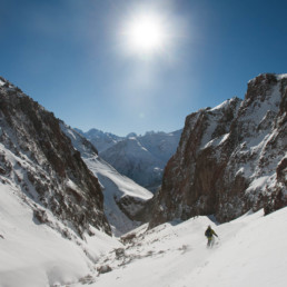 Caucasian Avalanche - skiing under Elbrus