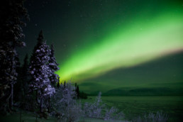 Northern lights on Lovozero Lake